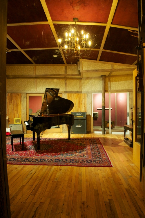 studio g live room close